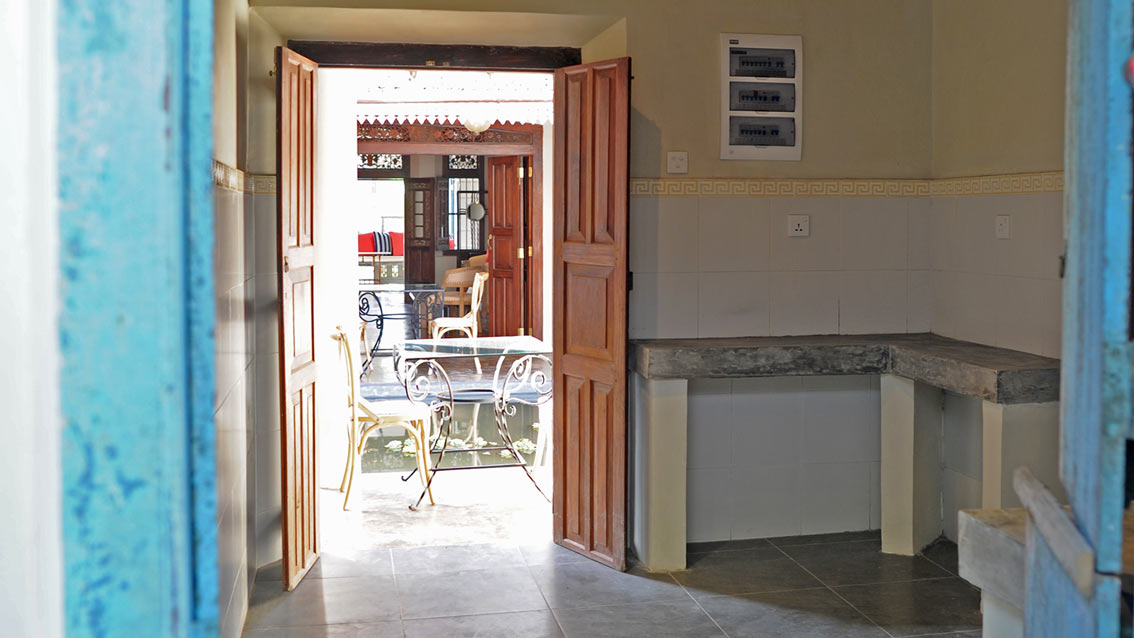 colonial-bungalow-Pantry